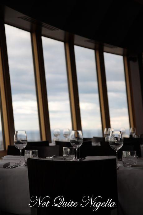 360 bar dining
