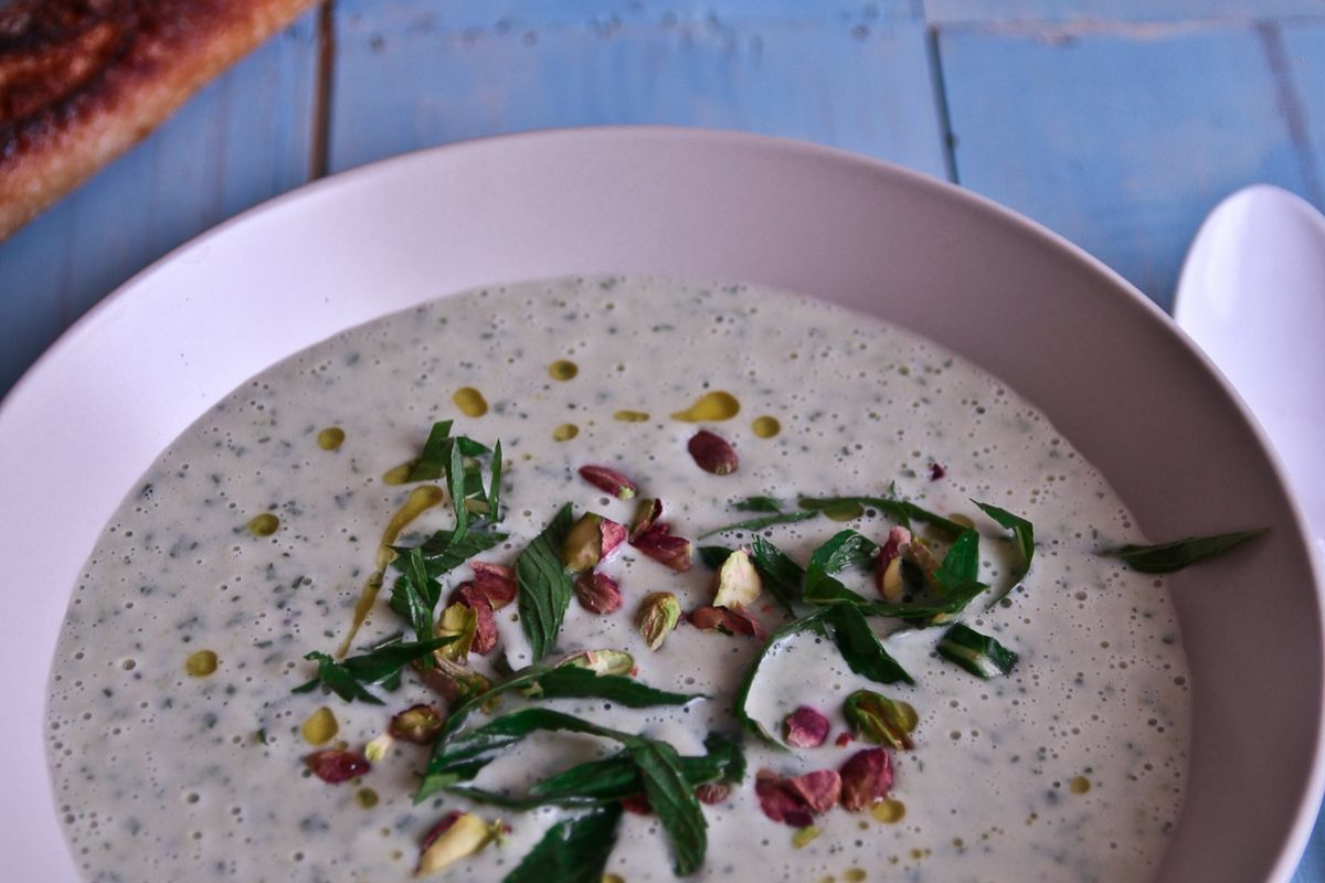 Chilled White Bean, Cucumber, Mint & Yogurt Soup @ Not Quite Nigella