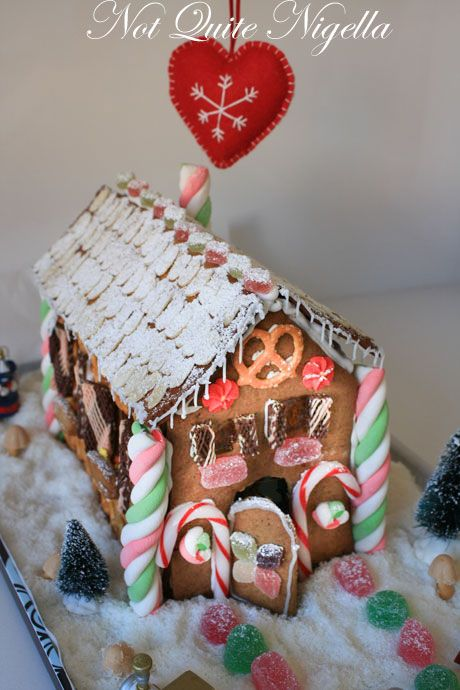 gingerbread house 7-1