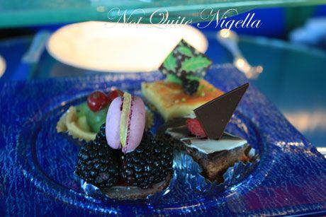 burj al arab dubai sweets