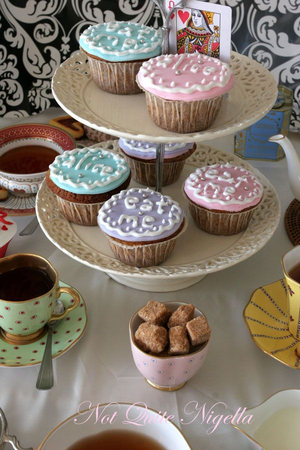 Alice In Wonderland Mad Hatter's Tea Party Cupcakes