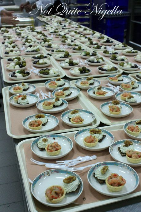 emirates airline food ekfc1 canapes