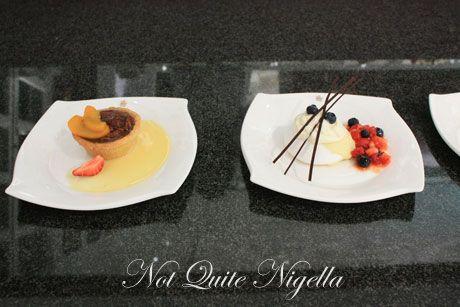 emirates airline food ekfc1 pecan pie pavlova