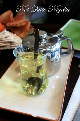 almond bar darlinghurst mint tea