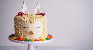 Shear Cuteness: Alpaca Cake!