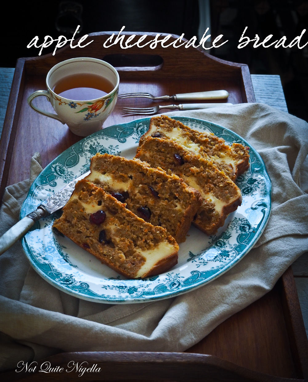 Apple Cheesecake Bread