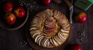 Apple, Lemon & Polenta Cake (Gluten Free)