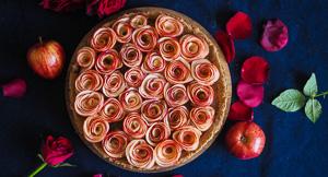 DIVINE Apple Rose Tart!