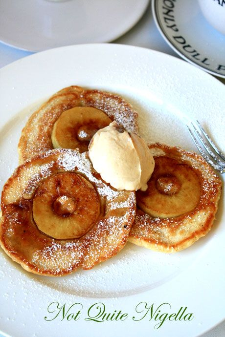 Apple pancakes 1