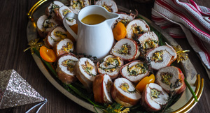 A SPECTACULAR Christmas Apricot Chicken Roulade!