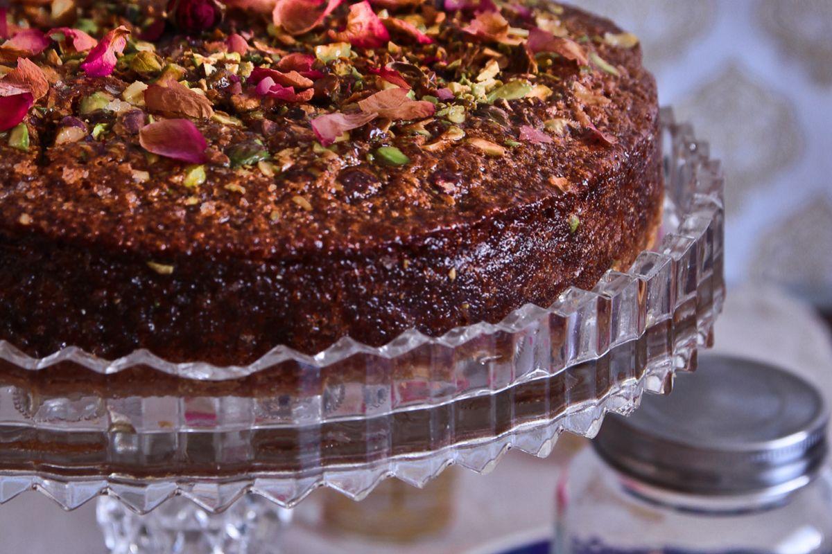 Armenian Nutmeg Cake With Rose, Honey & Pistachios - Daring Bakers ...