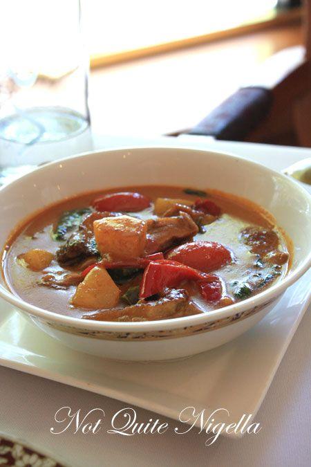 arun thai potts point duck curry
