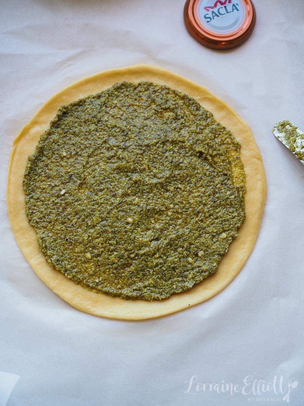 Babka Flower Pesto Bread