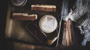EASY Baileys Chocolate No Bake Slice!