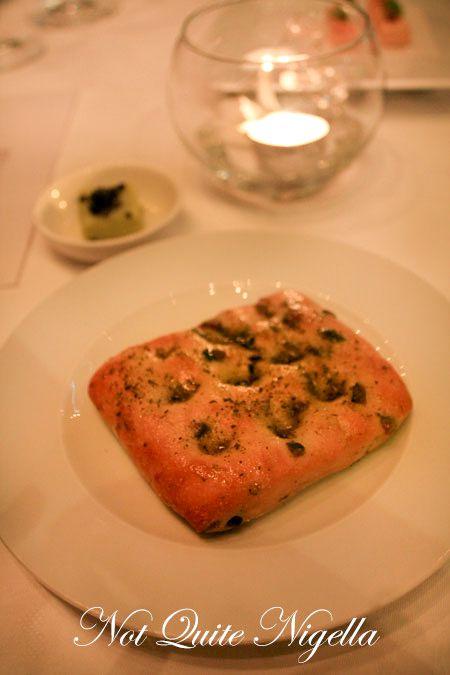 becasse degustation dinner bread
