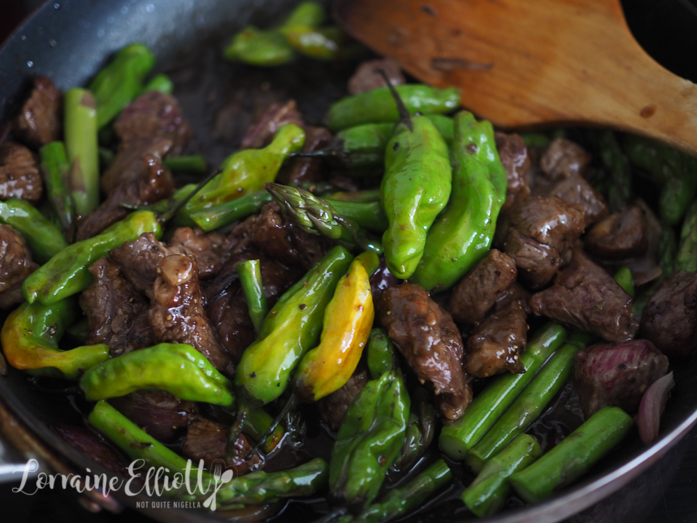 Shishito Pepper, Beef & Asparagus Stir Fry