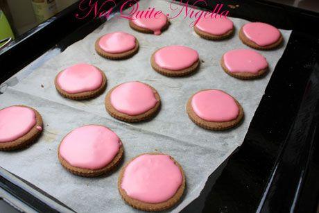 pink icing top