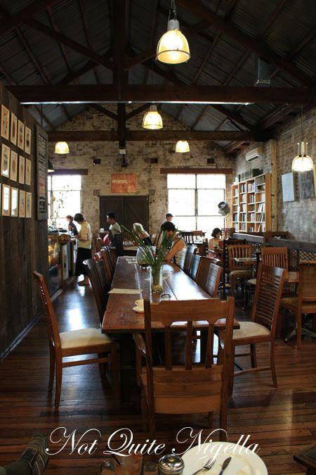 berkelouw books cafe room