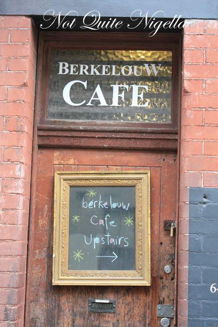 berkelouw books cafe sign