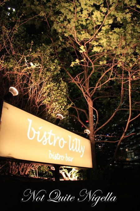 bistro lilly outside