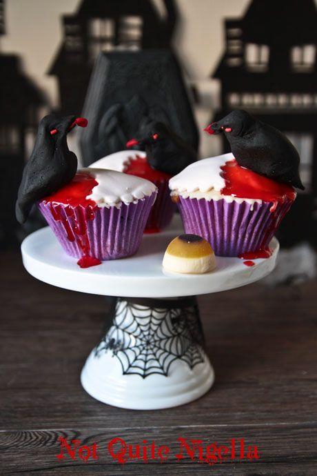 halloween crow cupcakes