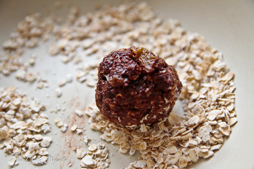 Raw Vegan Energy Balls