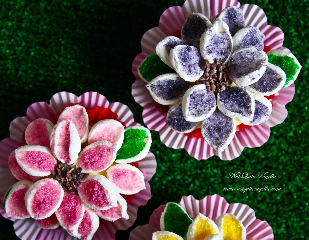 wallpaper-flower-cupcakes-2