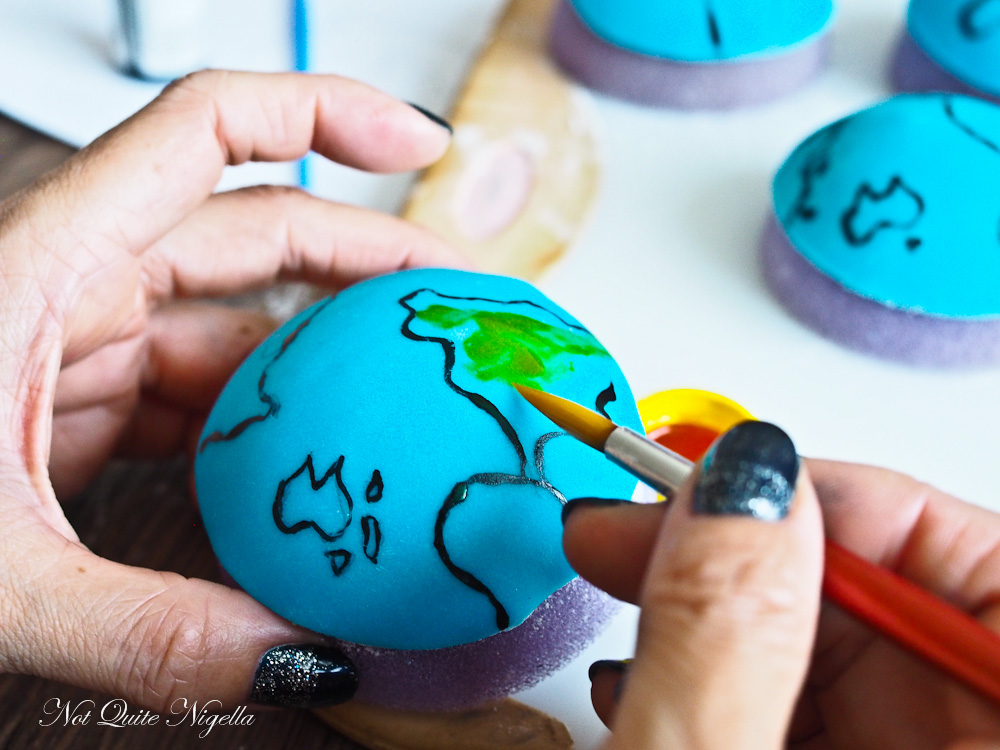 World Map Farewell Cupcakes