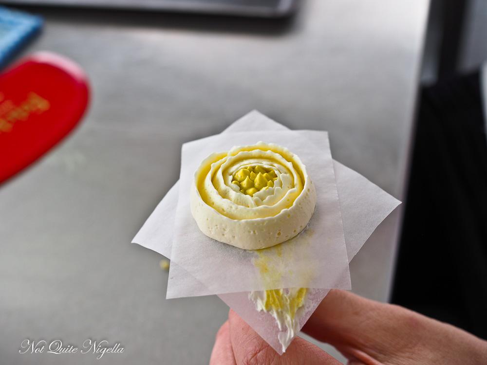 buttercream flower tutorial