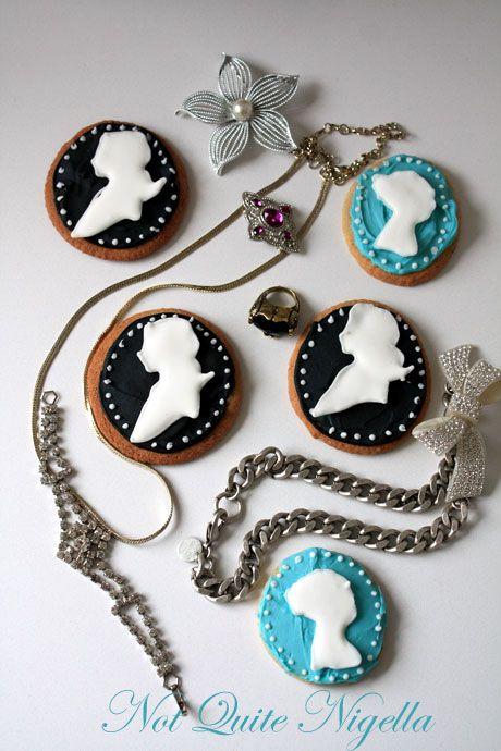 cameo cookies 1