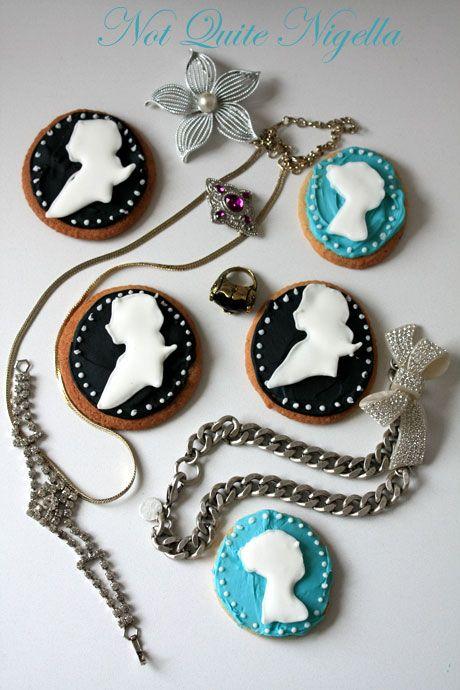 cameo cookies 2