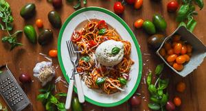 Summery Caprese Spaghetti With Burrata