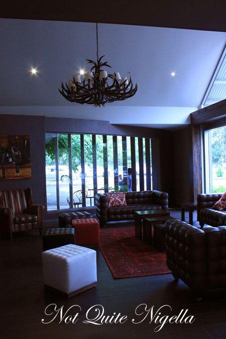 cavallino terrey hills lounge