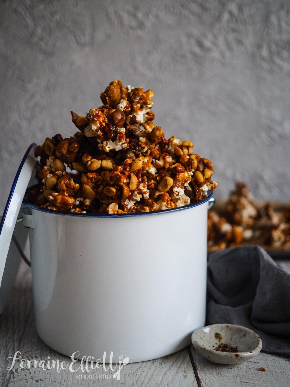 Chilli Caramel Nutty Popcorn