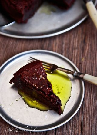 chocolate-olive-oil-cake-3-2