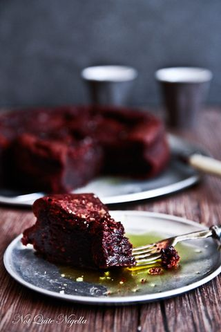 chocolate-olive-oil-cake-5-2
