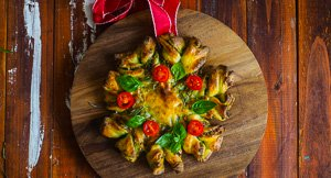 Amazing & Easy Christmas Tree & Wreath Twist Bread!