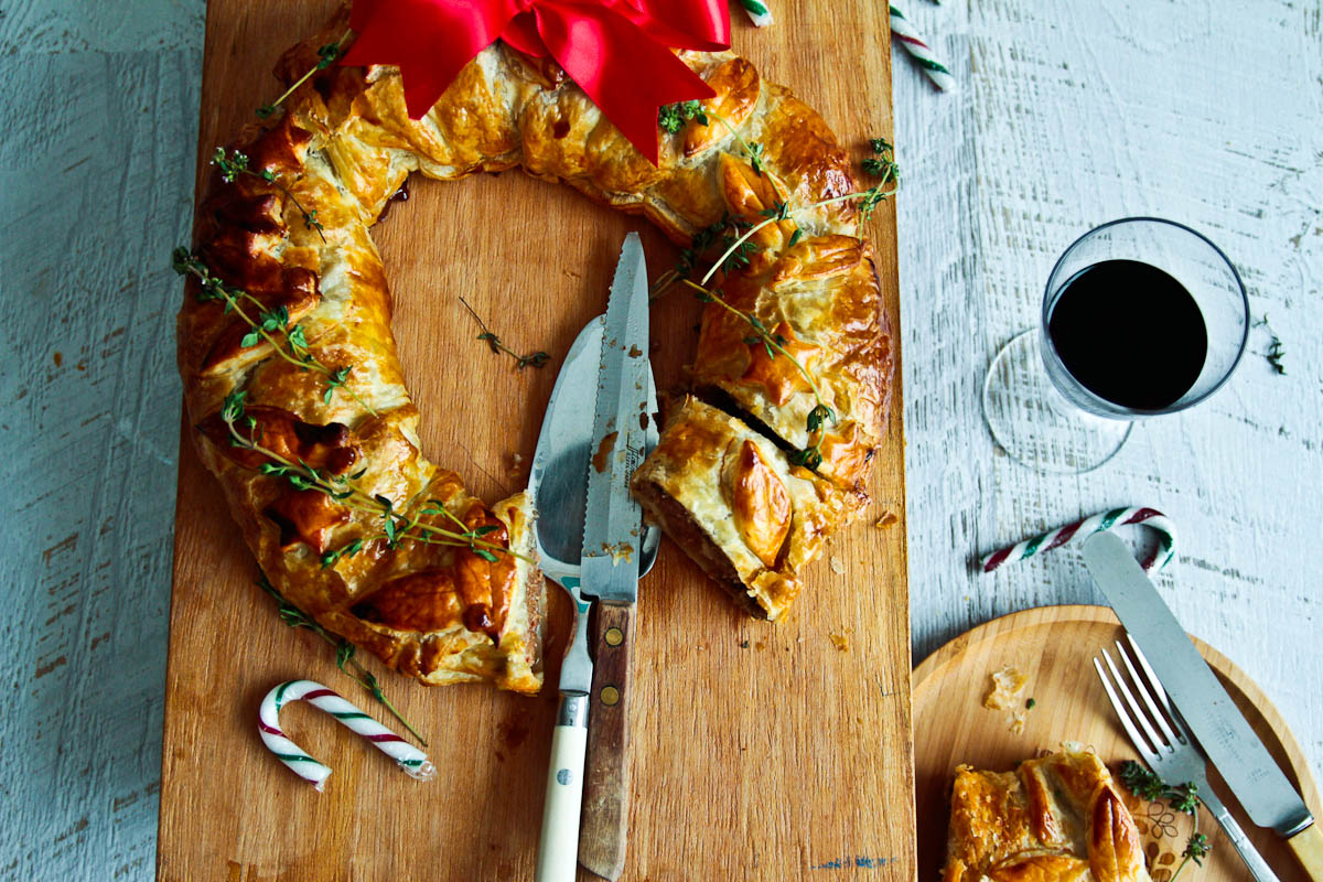 Christmas Beef Wellington Wreath @ Not Quite Nigella