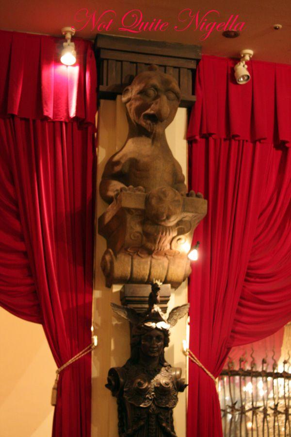Christon cafe tokyo gargoyle