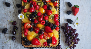BEAUTIFUL Classic French Glazed Fruit Tart!