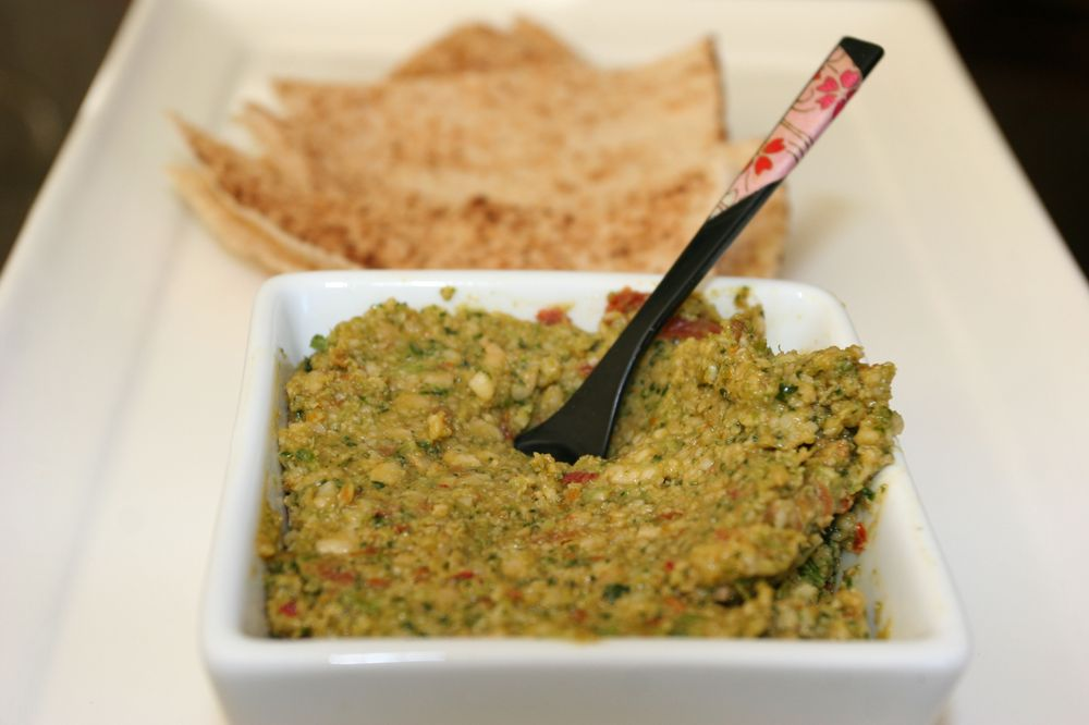 Coriander, cashew, sundried tomato and chili chunky dip