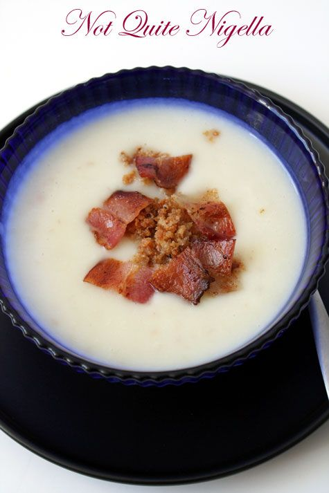 Creamy Cauliflower and Bacon Soup with Crispy Crumb Topping
