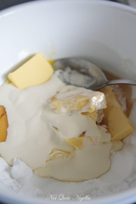 czech honey cake medovik-1