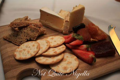 whale inn narooma cheeses