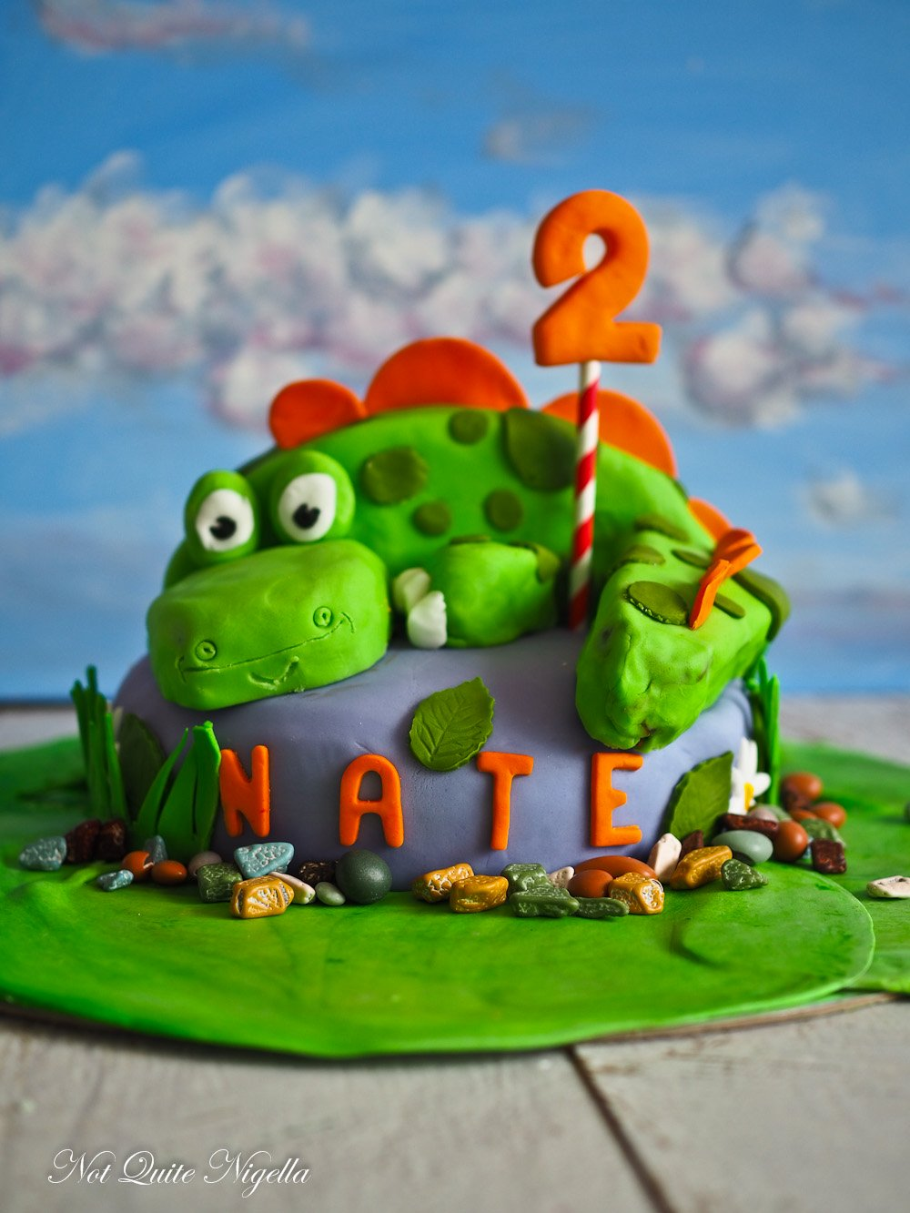 Peanut Butter & Chocolate Mud Dinosaur Cake