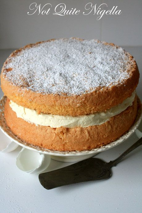 duck egg sponge cake 1