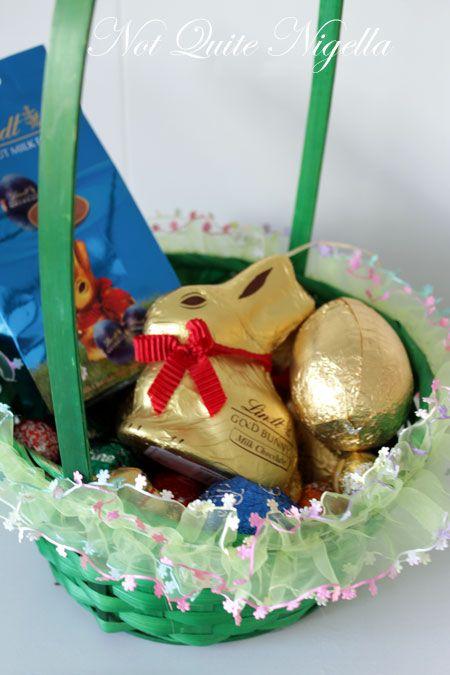 Easter Bun & Easter Egg Pudding