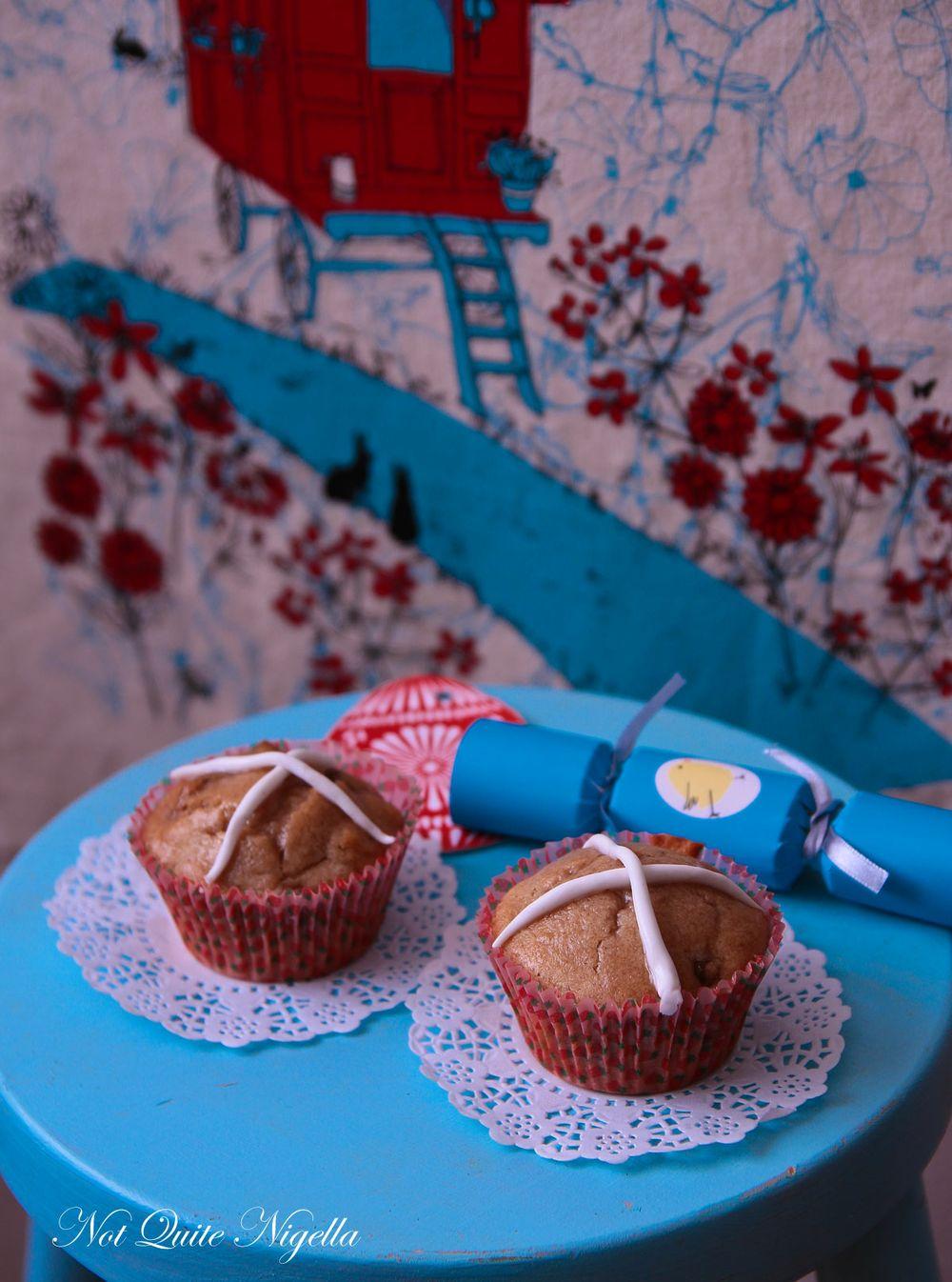 Easter Bunny, Chick & Hot Cross Bun Cupcakes