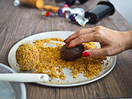 How Scotch Egg Easter Eggs Will Make Your Easter Fun!