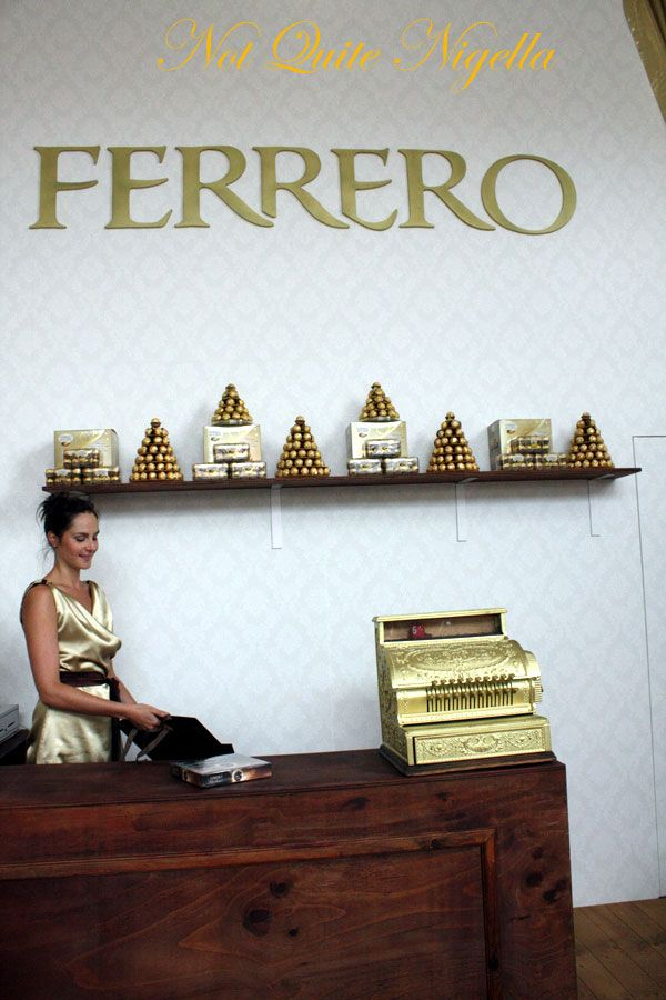 Ferrero Rocher Wrapping Store, Paddington